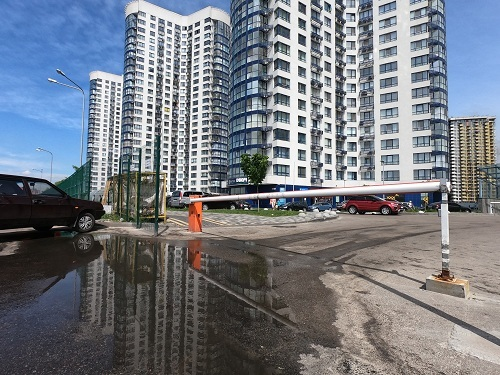 Фото установка шлагбаумов в Киеве