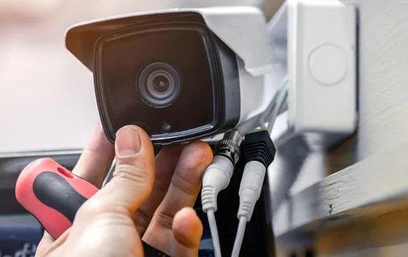 Обслуживание видеокамер и систем безопасности